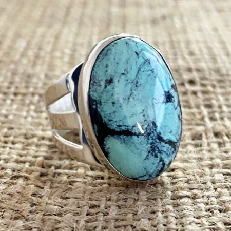 Hubei Turquoise Large Oval Ring