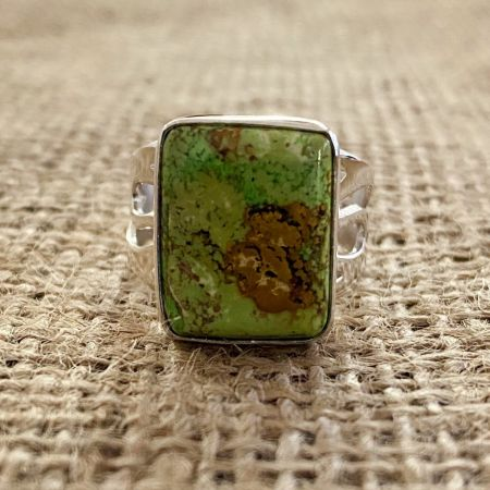 Gaspeite Rectangle Ring - Size 11