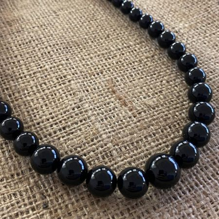 Graduated Black Agate Necklace