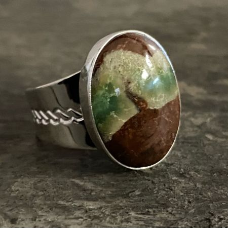 Boulder Chrysoprase Oval Ring - Size 9
