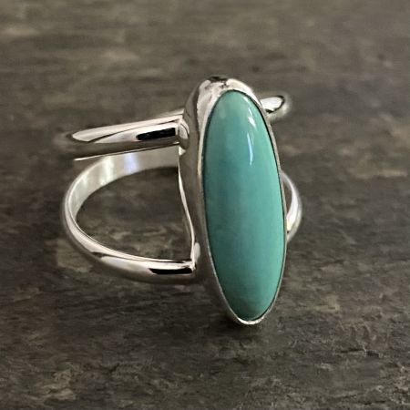 Green Anhui Small Oval Ring