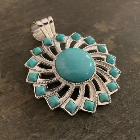 Campitos Turquoise Sunflower Pendant