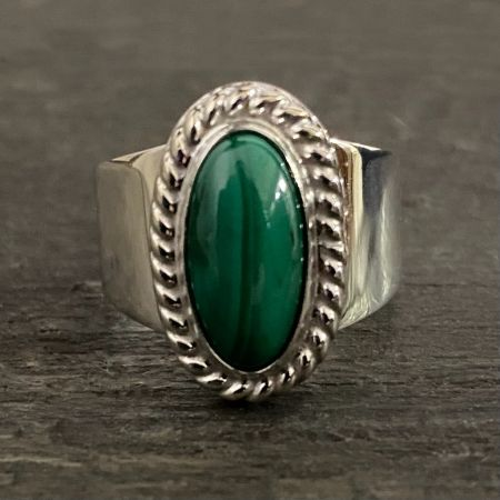 Long Oval Malachite Ring - Size 10