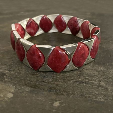 """Thulite """"Twist"""" Bead and Silver Link Bracelet"""