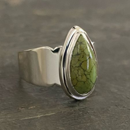 Green Turquoise Tear Drop Ring - Size 9